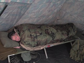 Hq Issue Military Style Ecws Sleeping Bag 233027 Mummy Bags At Sportsman S Guide
